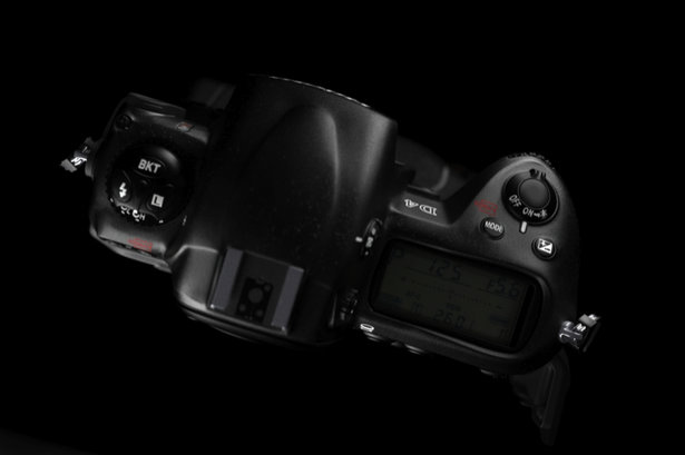nikon-d4-snapped-photoshop-fake-2.jpg