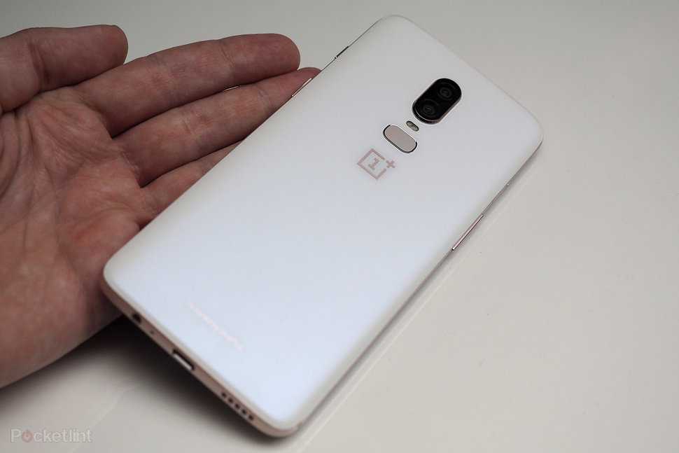 this is the oneplus 6 silk white in pictures back in stock pocket