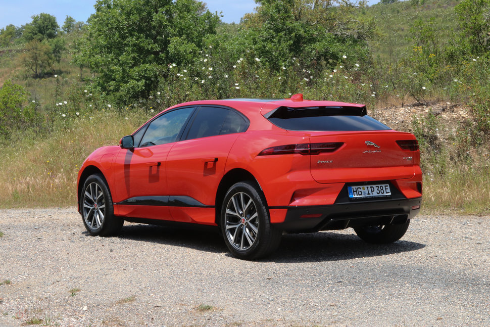 Jaguar i-pace Review – Exterior image 2
